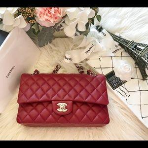 ae2e2c412e12f CHANEL Bags - ❤️SOLD❤️Authentic 17B Classic Red Caviar SHW